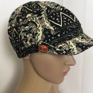 Women's hat size small